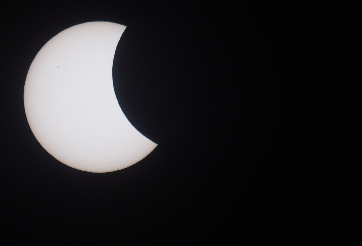 The solar eclipse in photos