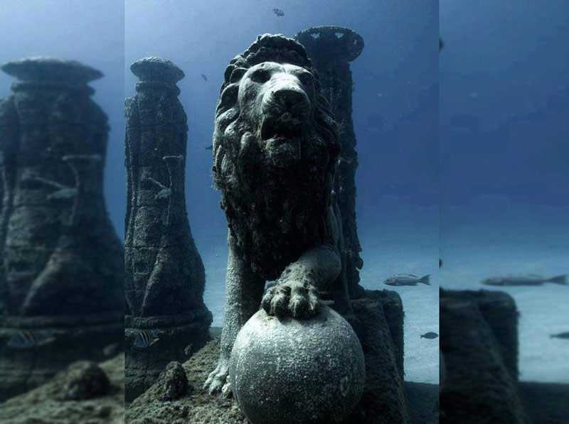 5 Mind Blowing Underwater Cities