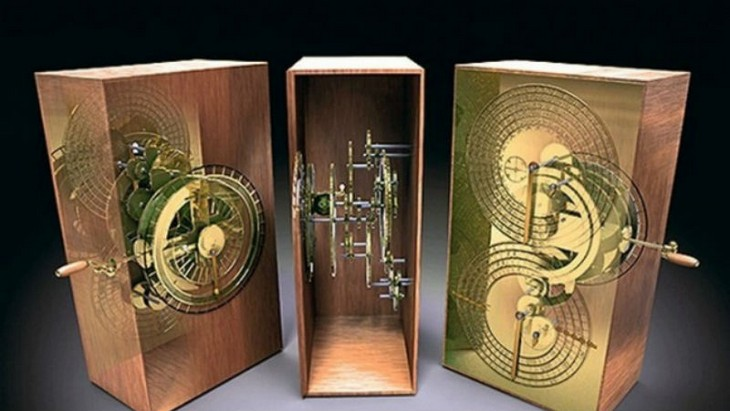 Unexplained Historical Objects - The Antikythera Mechanism 1
