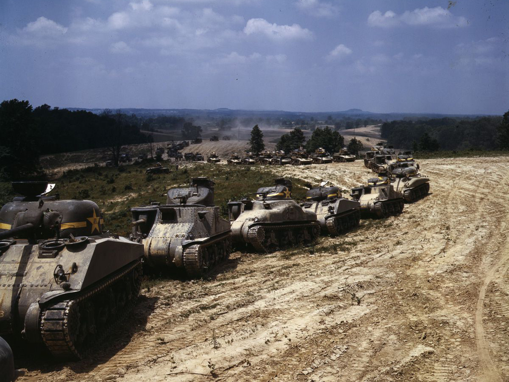 Life at Fort Knox in 1942 - 20. M3 and M4 tanks participating in a big maneuver at Fort Knox.